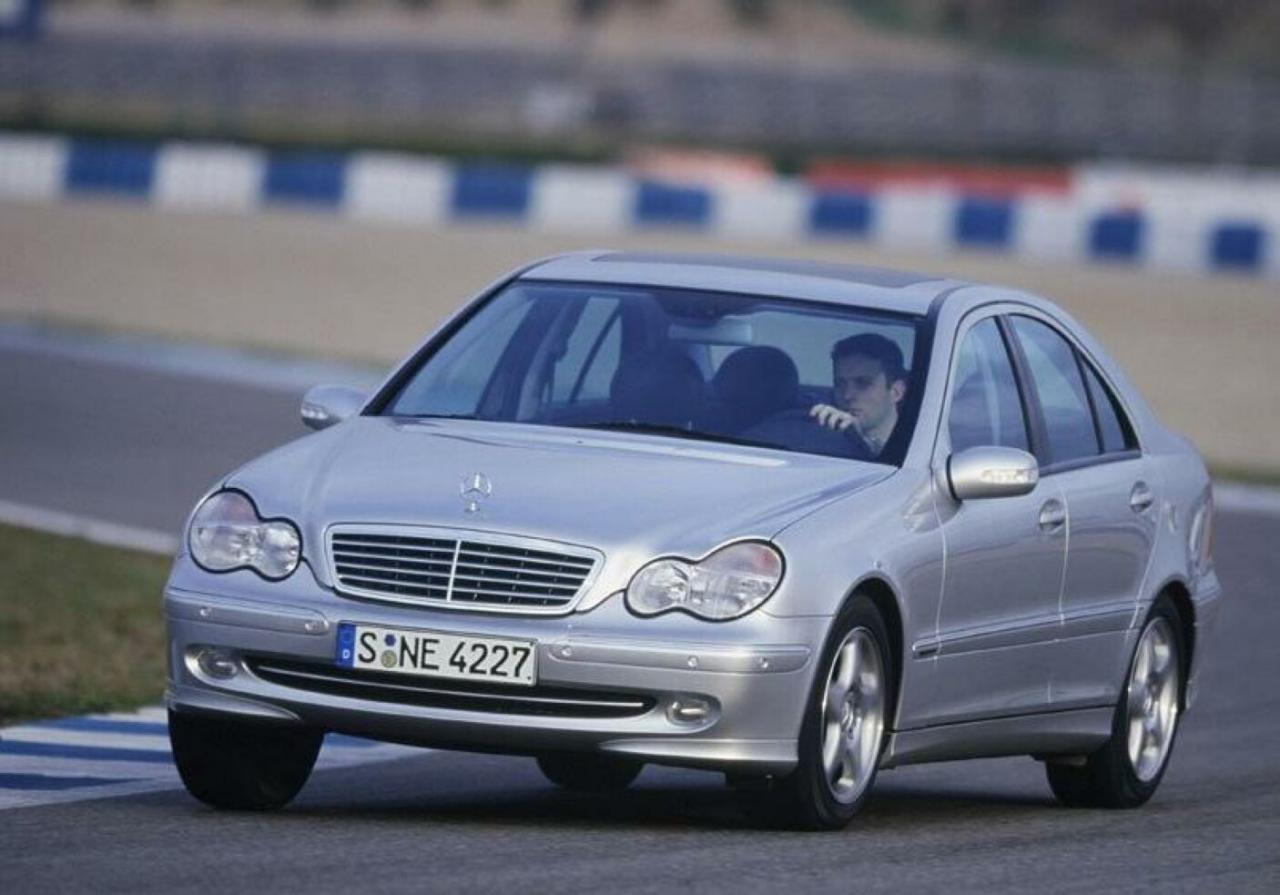 Mercedes Benz C-Class W203