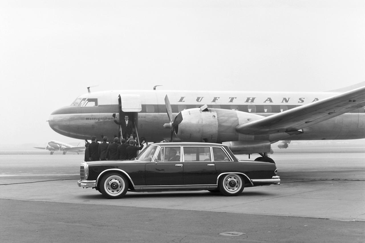 Mercedes Benz W100