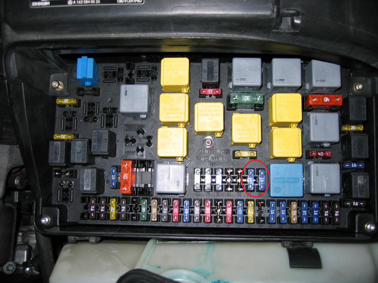 Mercedes Ml320 Fuse Box Archive Of Automotive Wiring Diagram 2008 2000 Starting Know About Rh Prezzy Co Benz